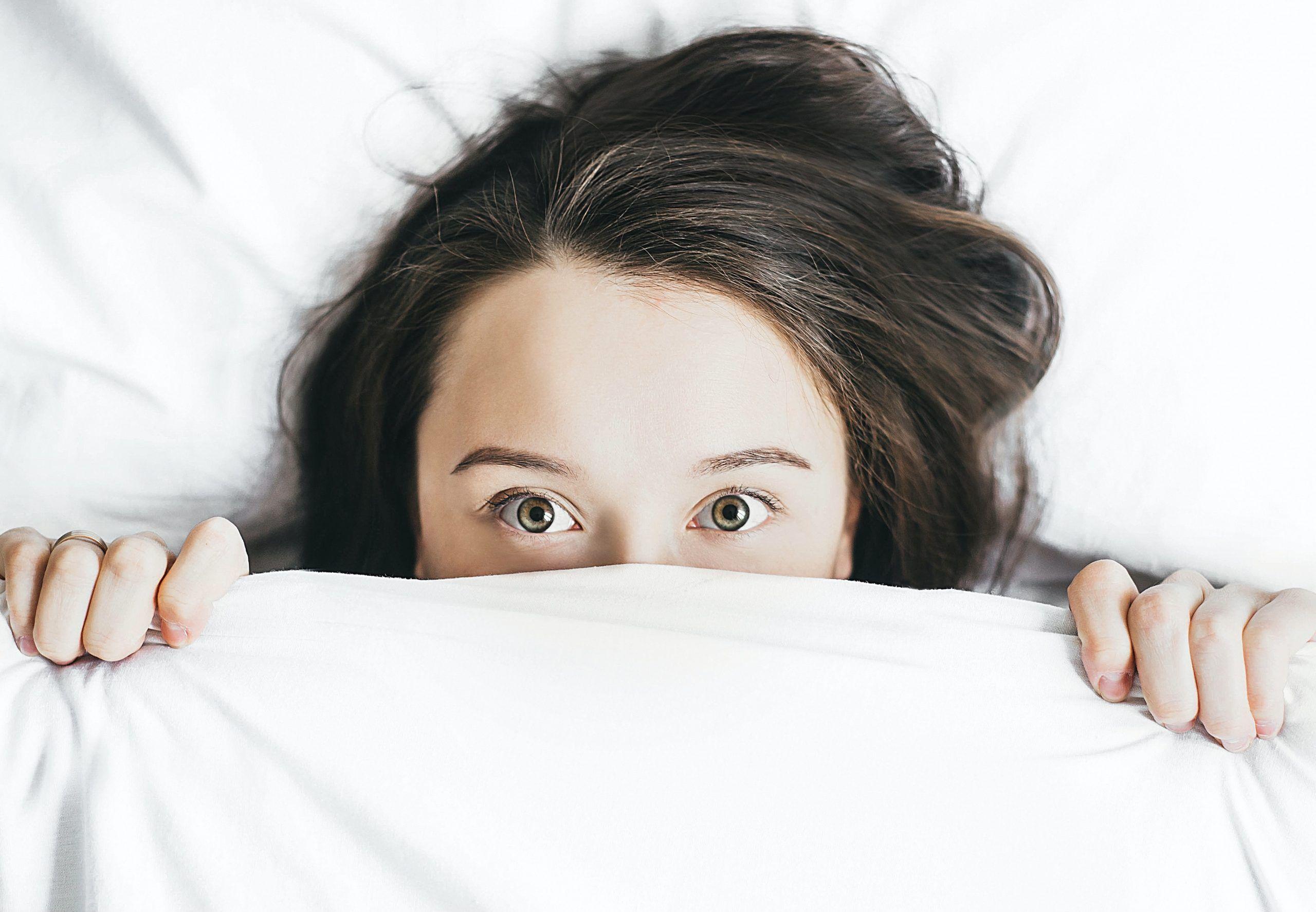 Disturbi del sonno e alimentazione: qual è la correlazione?